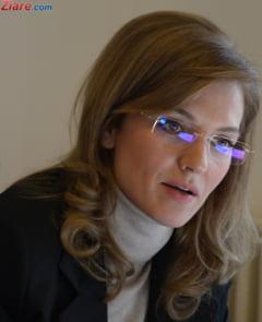 Alina Gorghiu ameninta cu greva si cu proteste de strada
