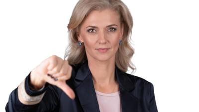 """Alina Gorghiu reclamă """"telefoane insistente"""" la mai mulţi membri de partid din partea echipei pro-Orban"""