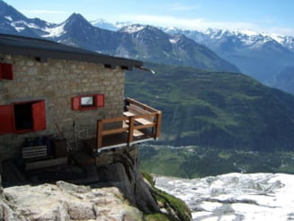 Alpinist roman, mort pe Mont Blanc - a cazut intr-o prapastie de 200 de metri