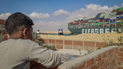 "Alte doua nave au esuat in Canalul Suez, dupa accidentul Ever Given. ""Erau incarcate cu balast"" VIDEO"
