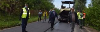 Alti 44 de kilometri de drumuri judetene vor beneficia de reparatii si intretinere de covoare asfaltice