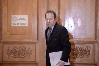 "Ambasada Germaniei si Comisia Europeana sunt in ""no comment"" dupa decizia CCR, dar amintesc de MCV"