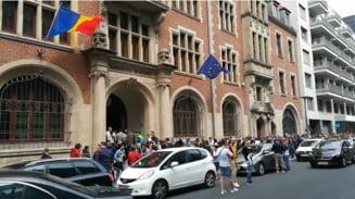 Ambasadorii si consulii pot cere de azi suplimentarea sectiilor de vot in diaspora. Care sunt regulile