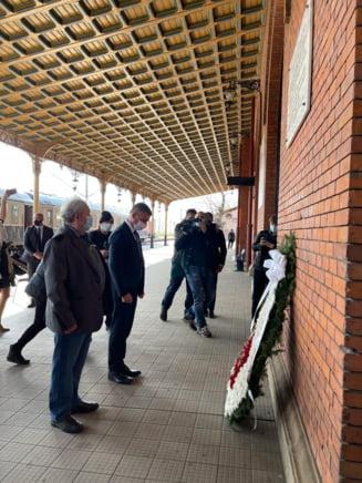 Ambasadorul Israelului in Romania a onorat, in gara Suceava, memoria victimelor Holocaustului din Romania