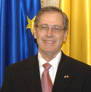 Ambasadorul SUA la Bucuresti: Nu avem favoriti printre prezidentiabilii romani