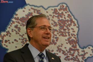Ambasadorul SUA sfatuieste Romania sa faca presiuni pe vize la Congres