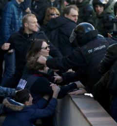 Ambasadorul rus la Bucuresti, fata in fata cu sustinatorii protestatarilor din Rusia: Ce s-a discutat si ce concluzii a tras fiecare