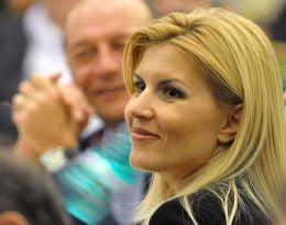 Ambitiile si putintele Elenei Udrea