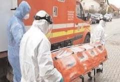 Ambulantierii au primit spor de risc pentru tratarea cazurilor de COVID-19