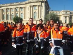 Ambulantierii olteni protesteaza la Bucuresti