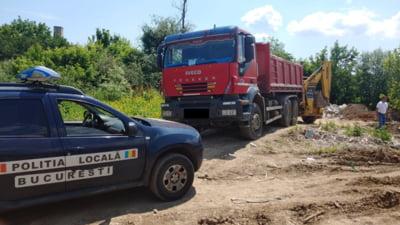 Amenda de 30.000 de lei si confiscarea autobasculantei, pentru aruncarea molozului pe un teren de la marginea Capitalei