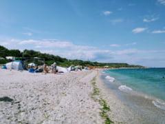 Amenda de peste 20.000 de lei pe plaja Tuzla pentru constructii ilegale