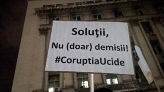 Amenzi uriase pentru ca a protestat fata de scandalul din Sanatate: Nu ma intimideaza, revolta mea creste! UPDATE