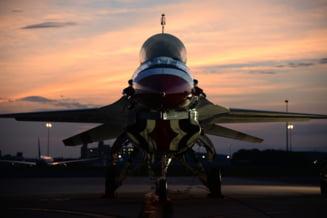 Americanii vand avioane de lupta Taiwanului, spre indignarea Chinei