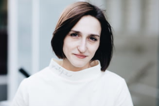 Ana Munteanu, consilierul local USR Timis, suspendata un an din partid dupa ce a intrat intr-un restaurant cu fortele de ordine pentru a verifica daca se respecta regulile