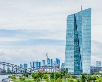 Analisti: Banca Centrala Europeana va fi nevoita sa ia noi masuri pentru a contracara impactul pandemiei de coronavirus in Zona Euro