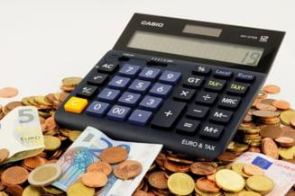 Analistii anticipeaza un euro la 4,97 lei in 12 luni. Ce inseamna pentru romani cresterea de 8 bani fata de acum