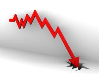 Analistii estimeaza o scadere economica de 0,7 la suta in trimestrul trei
