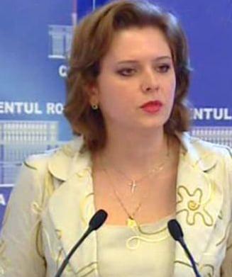 Anastase convoaca o sesiune extraordinara pentru cazurile Ridzi si Tariceanu (Video)