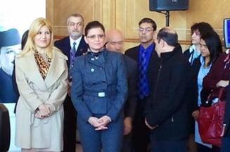Anca Boagiu i-a facut o oda lui Traian Basescu