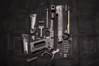 Ancheta Sky News cu traficanti din Romania care vand arme oricui, si teroristilor: DIICOT intra pe fir