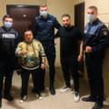 Ancheta dupa ce doi politisti si un jandarm s-au fotografiat cu Adrian Minune la petrecerea la care acesta a fost amendat
