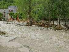 Ancheta dupa inundatii - sunt defrisarile masive de vina?
