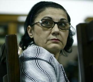 Ancheta dupa noile acuzatii de plagiat aduse Ecaterinei Andronescu
