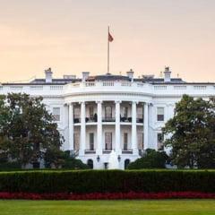 Ancheta interna la Casa Alba: Unii consilieri ai lui Trump folosesc conturi private de mail