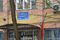 Ancheta la un liceu din Iasi: Cataloagele au fost arse si calculatorul directorului distrus