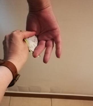 Ancheta la un spital din Iasi: Paznicii sunt acuzati ca iau mita de la cei care aduc pachete pacientilor