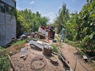 Anchetatorii reiau perchezitiile in casa groazei. O echipa complexa de la Bucuresti va cerceta centimetru cu centimetru locuinta din Caracal