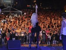 Anda Adam concert