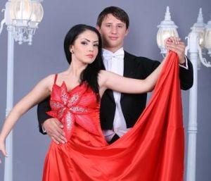 """Andreea Mantea, cu sanul la vedere la """"Dansez pentru tine"""""""
