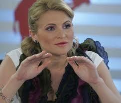 Andreea Paul Vass: Economia, la feminin