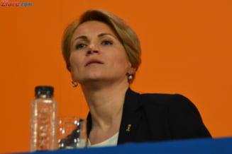 Andreea Paul ii raspunde lui Antonescu: Marele handicap al Romaniei este USL, nu FMI