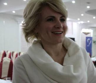Andreea Paul il contrazice pe Basescu: Sa nu fim ipocriti, gata cu minciuna!