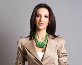 Andreea Raducan reactioneaza dupa anuntul Gabrielei Firea referitor la constructia unei sali polivalente in Bucuresti