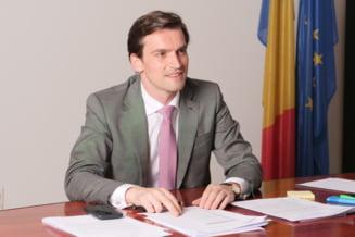 """Andrei Baciu, secretar de stat în Ministerul Sănătății: """"Vineri donăm cele 100.800 de doze de vaccin Pfizer Republicii Moldova"""""""