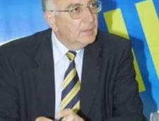 Andrei Chiliman se apara pe blog, de buldogul Blaga