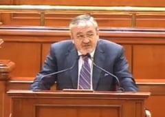 Andrei Gheorghe: Basescu l-ar putea propune premier pe Vladescu la toamna