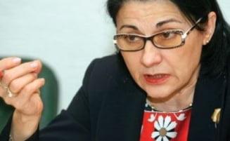 Andronescu: Admiterea la facultate, reintrodusa in lege. Sindicatele sunt de acord