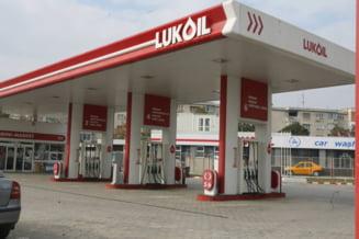 Angajatii Petrotel-Lukoil ii cer lui Ponta ajutor pentru deblocarea conturilor