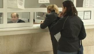 Angajatii Primariei Focsani protesteaza. Acestia sunt nemultumiti ca nu si-au primit salariile