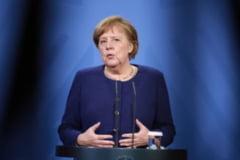Angela Merkel i-a cerut lui Putin sa reduca prezenta trupelor ruse la frontiera cu Ucraina