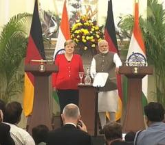 Angela Merkel ii promite Indiei un miliard de euro ca ajutor in lupta impotriva poluarii