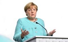 Angela Merkel pledeaza in plenul Parlamentului European pentru mai multa solidaritate in UE in contextul crizei COVID-19