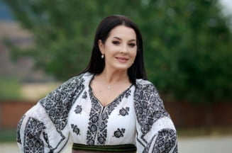 Angela Rusu a devenit mamica la 47 de ani. Primul mesaj de la maternitate al cantaretei de muzica populara VIDEO