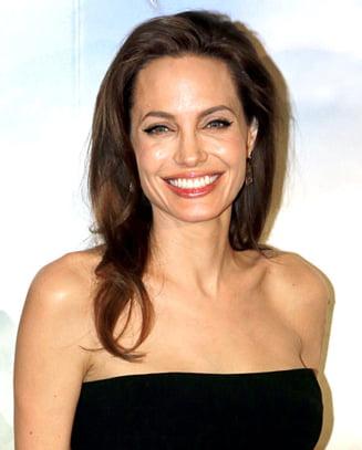Angelina Jolie, gata sa renunte la actorie: Nu mi-a placut niciodata sa fiu in fata camerei