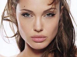 Angelina Jolie, in topul celor mai detestate vedete